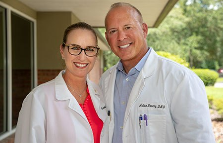 Gainesville dentists Dr. Art and Dr. Kim Mowery